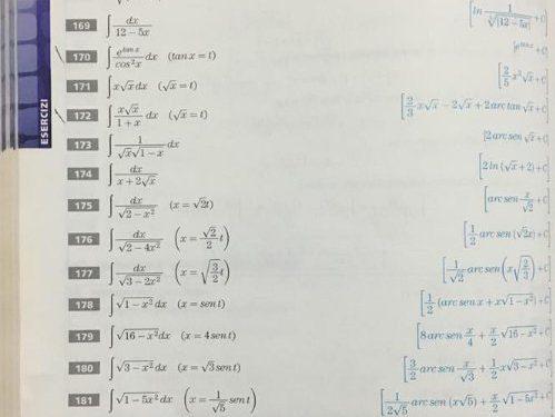 Calcolare i seguenti integrali per sostituzione